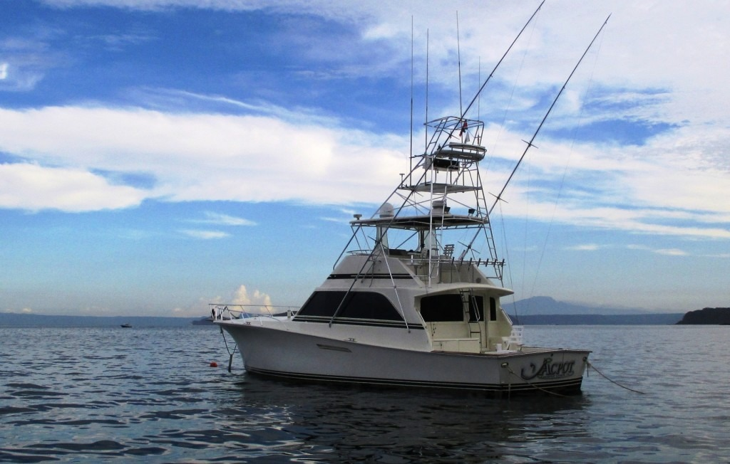 About costa rica fishing charters for Costa rica fishing charters